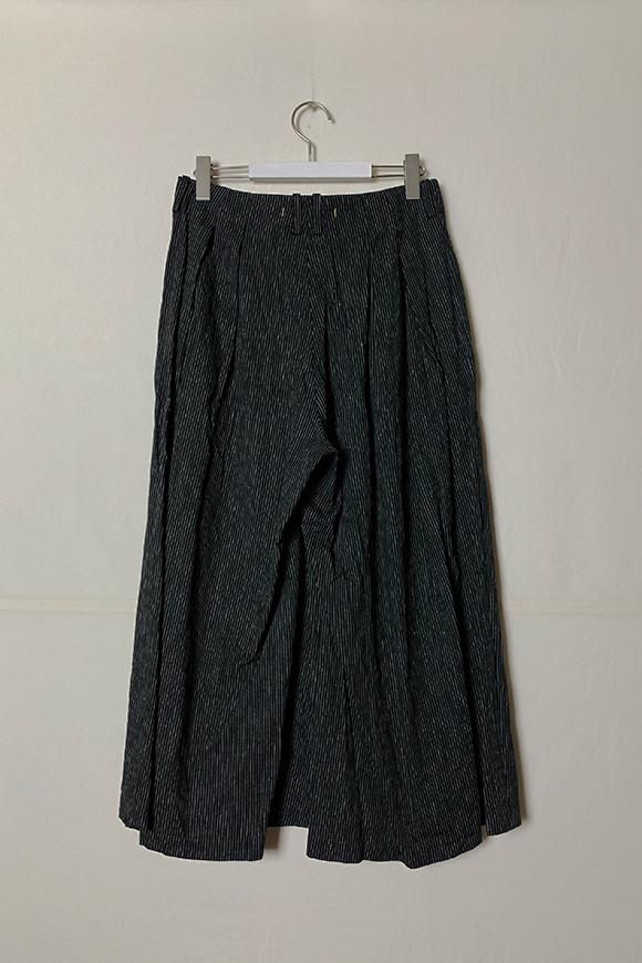 S202-16_black-stripe