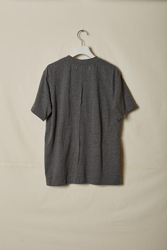 T002-02_grey