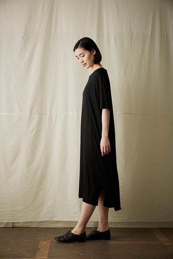 S211-04_black
