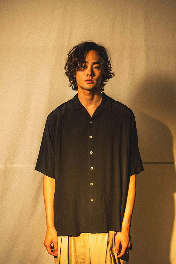 S212-09_black